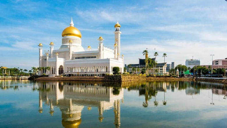 Masjid Sultan Omar Ali Saifuddin (iStock)