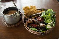 5 Tempat Makan di Kawasan Pajajaran yang Punya Kopi dan Makanan Enak