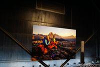 Di Jerman, Tabung Gas Raksasa Diubah Jadi Galeri Seni