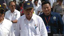 Menteri PUPR Serahkan 5.000 Sertifikat Tenaker di Purworejo
