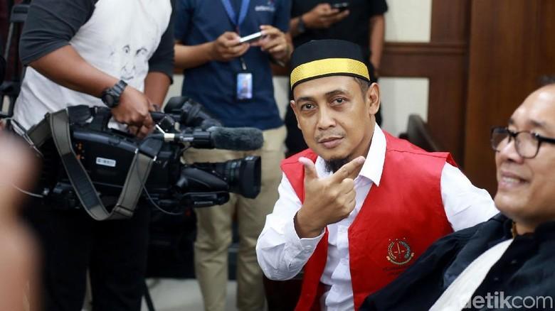 PT Jakarta Hukum Penyebar Hoax 7 Kontainer Surat Suara Tercoblos 2 Tahun Bui