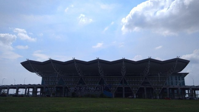 Bandara Kertajati Sepi, Menhub Sebut Itu Proyek Ide Pemprov Jabar