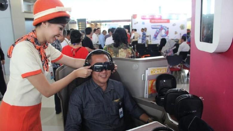 VR di pesawat Garuda Indonesia (dok Garuda Indonesia)