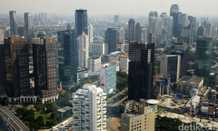 Dalam rilis Asian Development Outlook (ADO) 2019, ADB memproyeksikan produk domestik bruto Indonesia akan tumbuh 5,2% pada tahun ini. Angka tersebut lebih rendah dibandingkan target pemerintah sebesar 5,4% dalam APBN 2019.