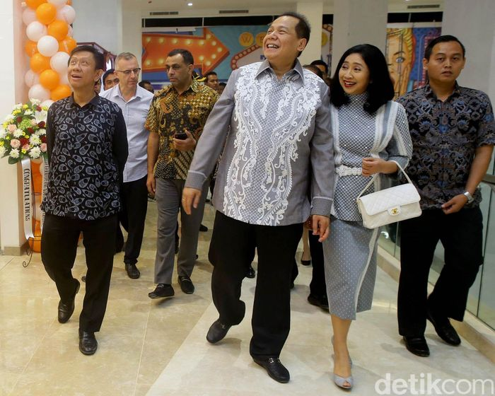 Founder & Chairman of CT Corp Chairul Tanjung (CT) meresmikan secara langsung Trans Studio Mall (TSM) Cibubur hari ini, Jumat (5/4/2019).