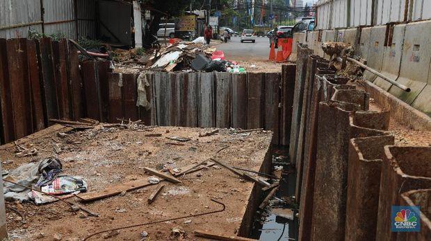 Proyek LRT Dituding Anies Picu Banjir, Apa Kata Luhut?