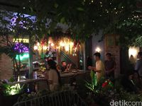 The Garden, Kafe Berkonsep Taman Eksotis nan Unik di PIK
