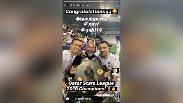 Eduardo Perez merayakan gelar juara Liga Qatar bersama Xavi.