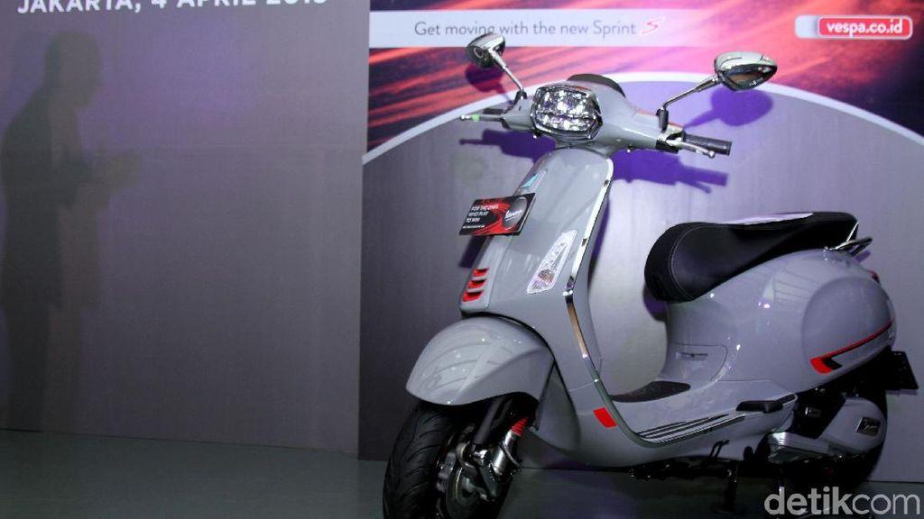 Mengenal Lebih Dekat Motor Italia Vespa Sprint