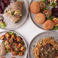 5 Tempat Makan Steak hingga Ngopi di Pondok Indah Mall
