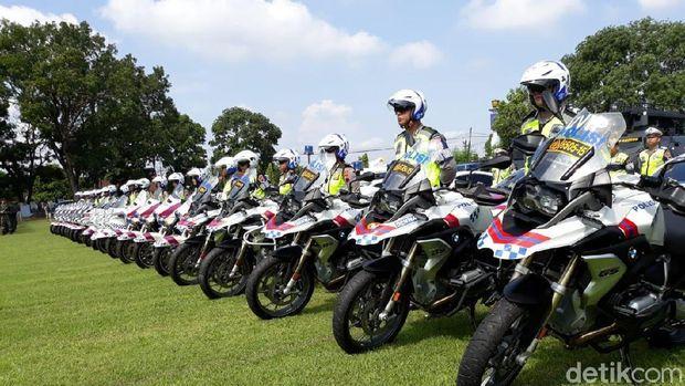 Panglima TNI dan Kapolri cek kesiapan pasukan jelang Pemilu 2019.
