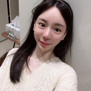 Hwang Hana, sosialita yang ditangkap karena kasus narkoba dan video porno.