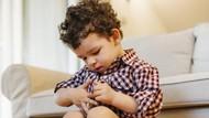 Balita Lelaki Sering Sentuh Alat Kelaminnya, Tanda Awal Autisme?