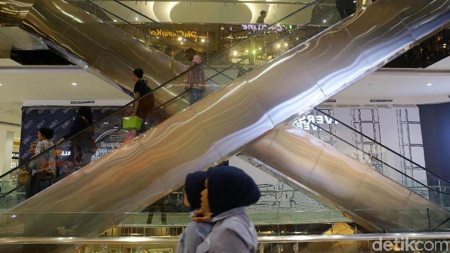 Warga Jakarta, khususnya yang tinggal di daerah Cimanggis dan sekitarnya kian dimanjakan dengan hadirnya Trans Studio Mall Cibubur. Mall keren ini sudah soft opening dari 5 April 2019 lalu (Grandyos Zafna/detikcom)