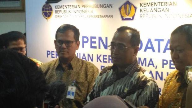 Menhub Pede Jokowi Kalahkan Prabowo, Selisihnya 10%!
