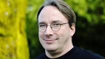 Pendiri Linux: Facebook, Twitter, dan Instagram adalah Sampah