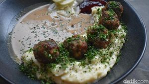 Ada Swedish Meatballs Hingga Dessert  Swedia di Kafe Ini