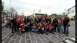 150 Anggota Komunitas Bikers Yogya Kopdar Bareng Enduro Touring