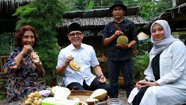 Foto: Menteri Susi bersama Bupati Anas (Ardian Fanani/detikcom)