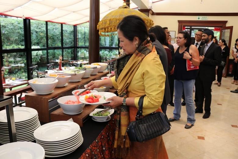 Kuliner Indonesia Memikat Warga Peru
