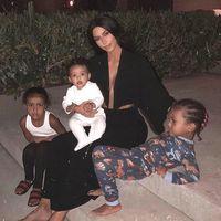 Dikerjai Anak-anaknya, Kim Kardashian Sarapan dengan Laba-laba