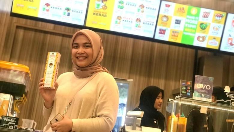 Content Creator dan Marketing Communication Kabobs, Regina Salsabila (Robi Setiawan/detikcom)