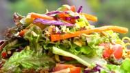 Resep Salad Mi, Kudapan Sehat dan Menyegarkan dari Mi