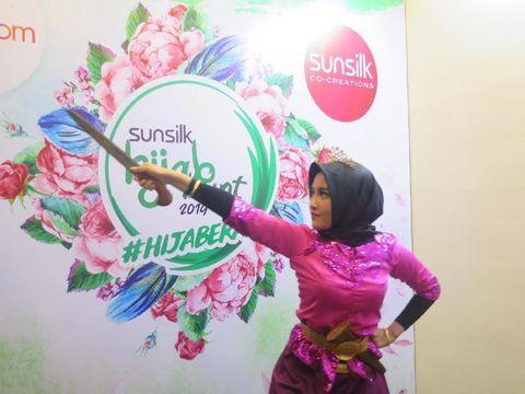 Gabungkan Bela Diri & Jaipong, Hijabers Ini Pukau Juri Sunsilk Hijab Hunt