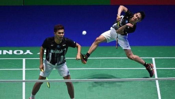 Fajar Alfian/Muhammad Rian Ardianto diminta ekstra waspada menuju Indonesia Open 2019.  (Oli SCARFF / AFP)