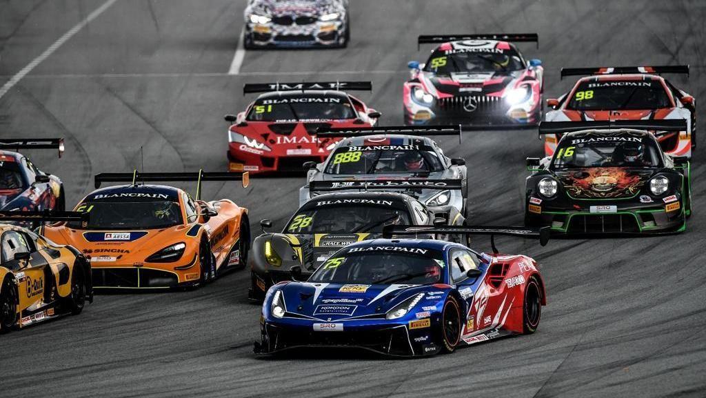 Aksi Rio Haryanto di Blancpain GT World Challenge Asia 2019