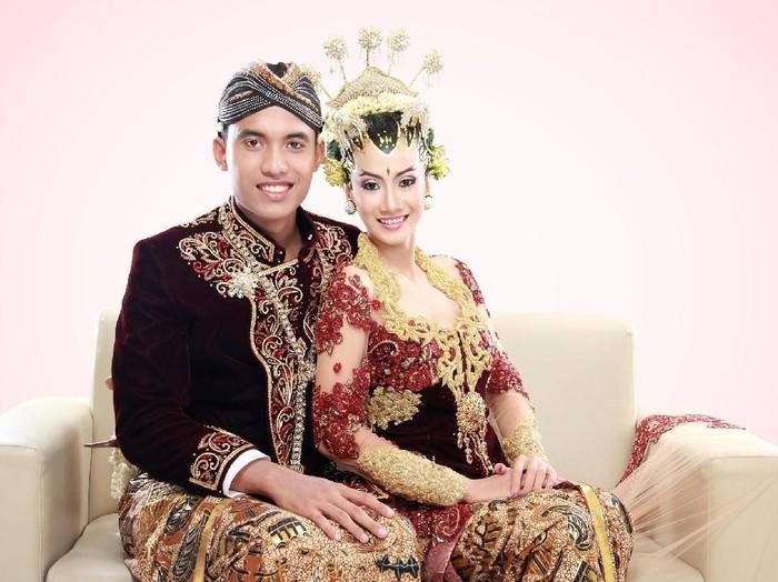 Ilustrasi pasangan pengantin. Foto: Dok. iStock