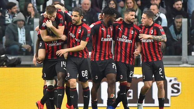 AC Milan gagal lolos ke Liga Champions musim depan.