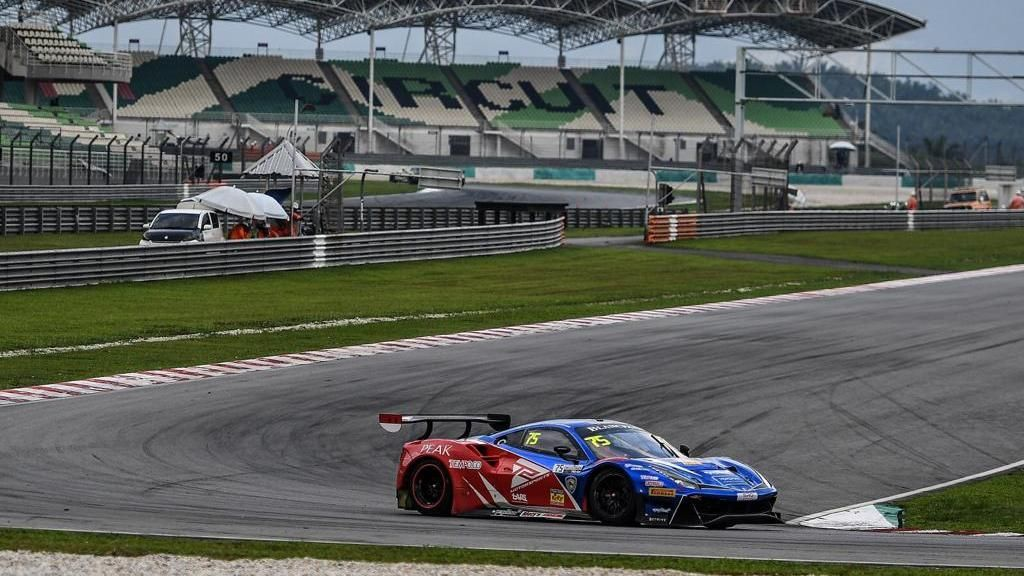 Rio Haryanto Panaskan Ajang Blancpain GT World Challenge Asia 2019