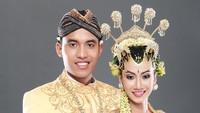 10 Istilah Dalam Prosesi Pernikahan Adat Jawa dan Maknanya