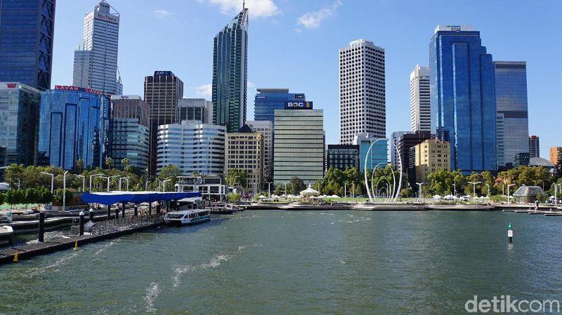 Kota Perth cuma butuh 4,5 jam terbang dari Jakarta, tidak jauh. Inilah pemandangan dari Elizabeth Quay (Masaul/detikcom)