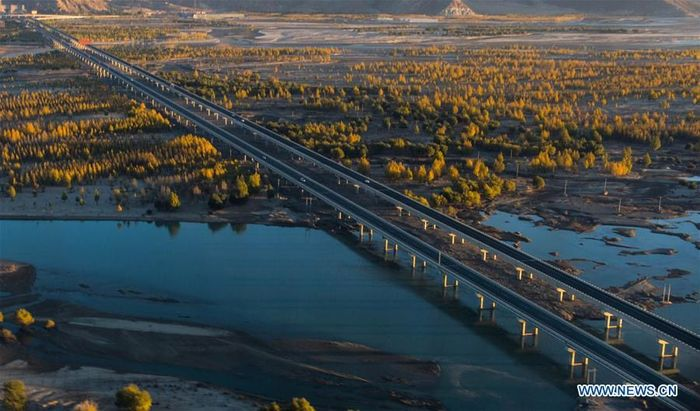 Sepanjang 660 km di antaranya merupakan jalan raya bermutu tinggi. Istimewa/Xinhuanet.