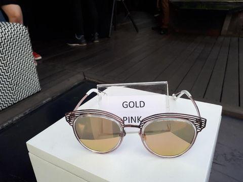 Transitions, Lensa Kacamata Inovatif yang Bisa Dipakai Outdoor dan Indoor