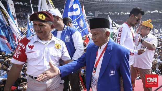 Jokowi Dituding Otoriter, Ngabalin Sebut Amien Penebar Kebenc