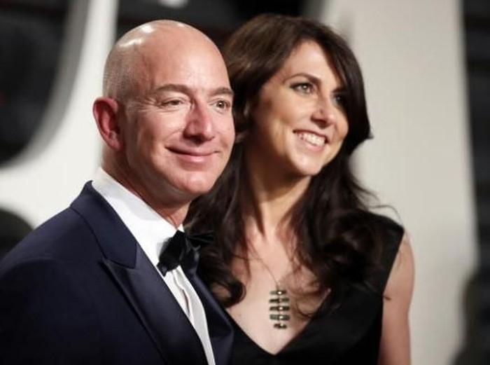 MacKenzie dan Jeff Bezos. Foto: Reuters