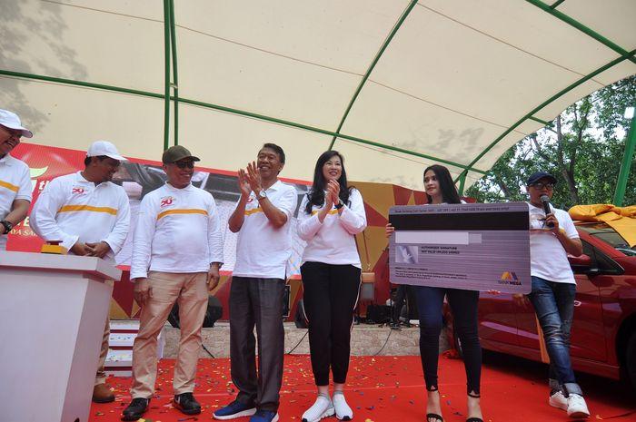 Kerja sama tersebut juga diharapkan semakin memacu perkembangan bisnis keduanya pada segmen konsumer, memacu pertumbuhan Kartu Kredit Bank Mega di wilayah Sulawesi Tengah, dan menambah variasi produk Bank Sulteng. Istimewa/Bank Mega