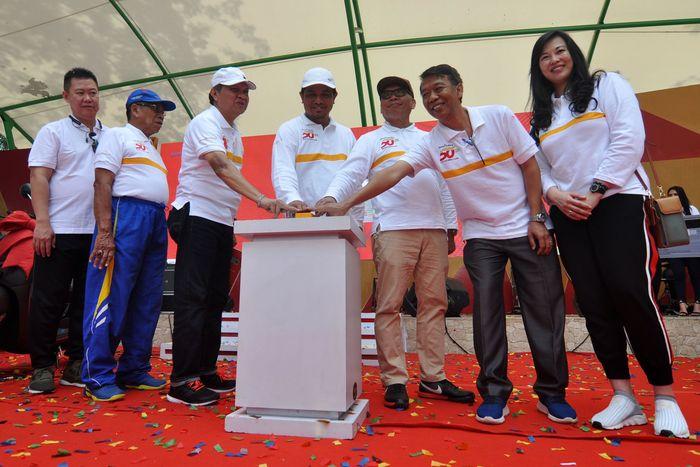 Peluncuran kartu kredit co-branding dilakukan di Palu, Sulawesi Tengah, Minggu (7/4/2019). Istimewa/Bank Mega.