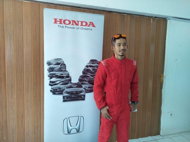 M.Fadli ikutan Honda Jazz Speed Challenge. Foto: Ruly Kurniawan