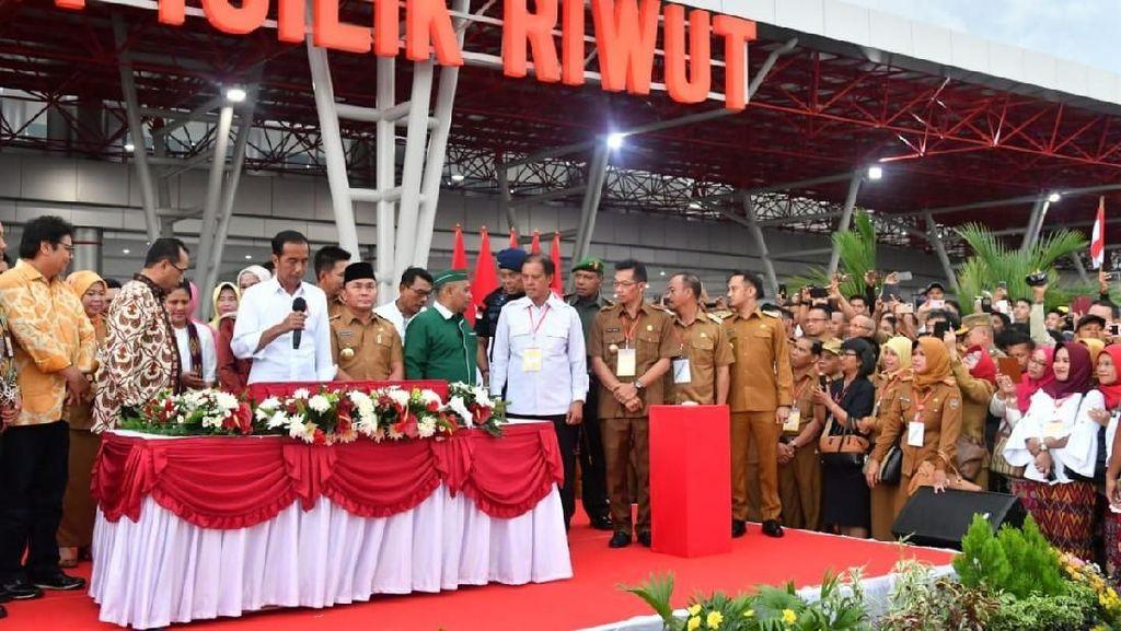 Resmikan Terminal Baru Bandara Tjilik Riwut, Jokowi: Besar Sekali