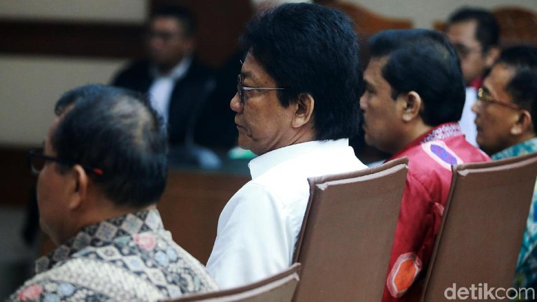 4 Eks Anggota DPRD Sumut Divonis 6 dan 4 Tahun Bui