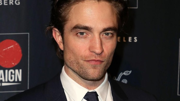 Robert Pattinson yang makin seksi dan tetap sehat. Foto: Robert Pattinson (Photo by David Livingston/Getty Images)