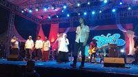 Konser Putih Bersatu 500 Artis Bareng Jokowi Siap Putihkan GBK Hari Ini!