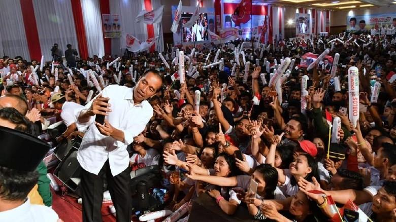 Pamer Kinerja di Kalteng, Jokowi Targetkan Menang 70%