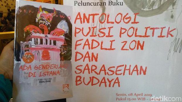 Fadli Zon Luncurkan Antologi Puisi 'Ada Genderuwo di Istana'