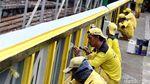 Biar Ciamik, Jembatan KH Mas Mansyur Dicat Tiga Warna