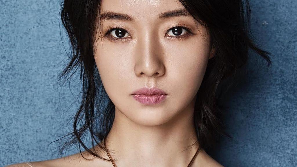 Menikah Hari Ini, Cantiknya Lee Jung Hyun dalam Balutan Gaun Pengantin